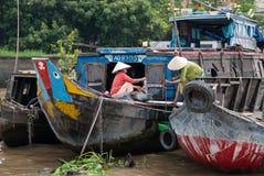 在湄公河Delta的洗衣店,越南 免版税库存图片