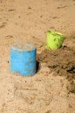 在湖的两个桶 免版税图库摄影