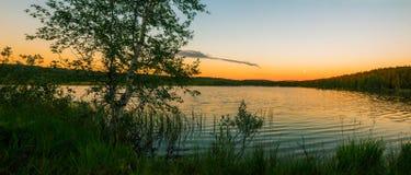在湖的夜间 免版税图库摄影