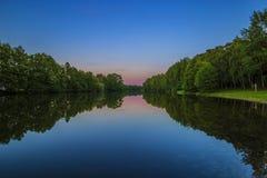 在湖的日落之后 库存照片