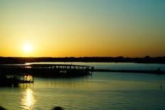 在湖的日落相当TX价值 免版税库存图片