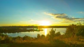 在湖的日落,定期流逝 股票视频