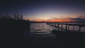 在湖的日落,美好的风景 录影 股票录像