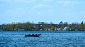 在湖的渔船在明尼苏达 免版税库存图片