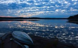 在湖的皮船 库存图片