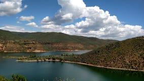 在湖的美好的天 免版税图库摄影