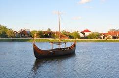 在湖的船 免版税图库摄影