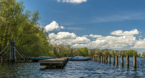 在湖的视图 免版税图库摄影