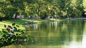 在湖的风景 免版税库存照片