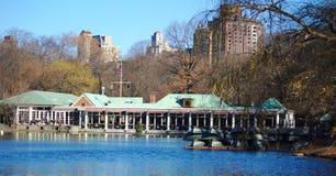 在湖的`新的`约克冬天视图 库存图片