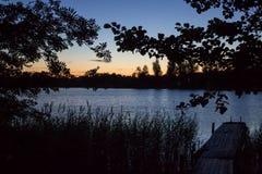 在湖的黎明 免版税图库摄影