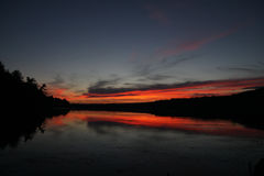 在湖的黄昏在新英格兰 图库摄影