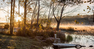 在湖的10月上旬早晨在乔克里弗 图库摄影