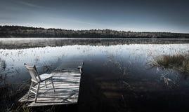 在湖的10月上旬早晨在乔克里弗 免版税库存图片