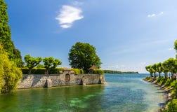在湖附近从事园艺在康斯坦茨,德国 免版税库存照片