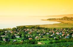 在湖Balaton的日落 库存图片