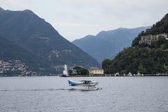 在湖como的水上飞机 免版税库存照片