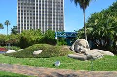 在湖Eola公园街市奥兰多的艺术雕塑 库存图片