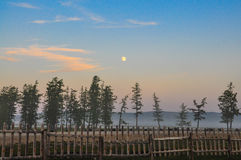 在湖Khuvsgul蒙古的日落 免版税库存照片
