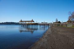 在湖Llanquihue的码头 库存图片