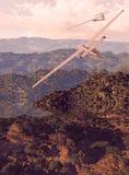 在湖sailplanes腾飞之上 免版税库存图片