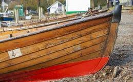 在湖Windermere的木小船 库存图片