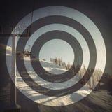 在滑雪胜地的空的滑雪电缆车 免版税库存照片
