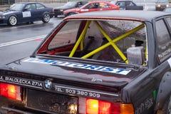在漂移的汽车的抗侧倾的笼子 免版税库存照片