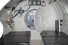 在潜水减压室里面 库存图片