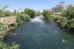 在瀑布附近的Duden河在安塔利亚,土耳其 库存图片