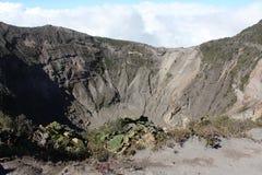 在火山口irazu火山附近 库存图片