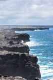 在火山国家公园,夏威夷的熔岩峭壁 免版税库存照片