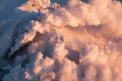 在火山的云彩生产 免版税库存照片