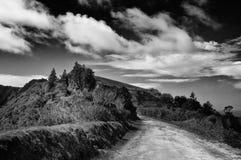 在火山附近的外缘路 免版税库存图片