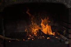 在火盆的篝火 库存照片