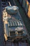 在火车的坦克 免版税库存照片