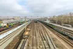 在火车站的火车在俄罗斯 免版税库存照片