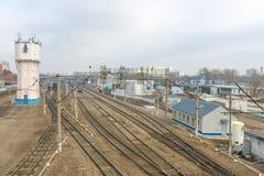 在火车站的火车在俄罗斯 库存照片