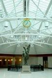 在火车站的雕象在蒙特利尔 库存图片