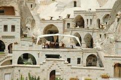 在火鸡附近的古老cappadocia cavetown goreme 免版税库存图片