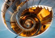 在灯塔的著名螺线楼梯 免版税库存图片