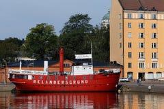 在灯塔船Relandersgrund的咖啡馆在赫尔辛基,芬兰 免版税图库摄影
