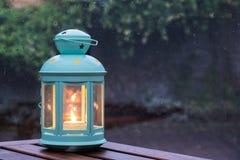 在灯笼的蜡烛 免版税库存图片