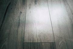 在灰色口气的壮观的木背景 免版税库存照片