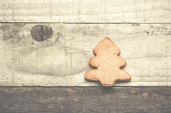 在灰色木背景的圣诞树饼干 圣诞节我的投资组合结构树向量版本 免版税库存图片