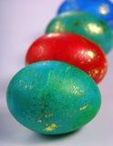 在灰色背景的复活节彩蛋 库存照片