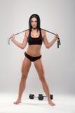 在灰色背景的美好的健身模型 图库摄影