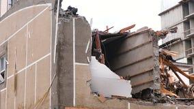 在灾害以后毁坏了公寓 影视素材