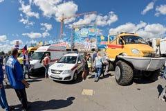 在灾害medici巨大的轮子的一辆耐震车Kerzhak  库存图片