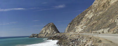 在点Mugu,加州的加利福尼亚高速公路 免版税库存照片